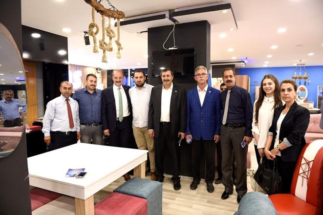 Başkan Akgül esnafı ziyaret etti