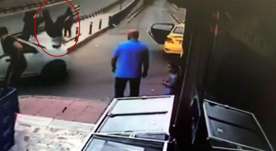 İstanbul'da trafikte dehşet anları kamerada
