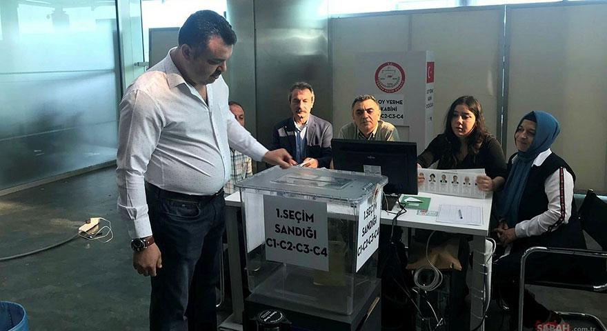 Yurt dışında oy verme işlemi sona erdi