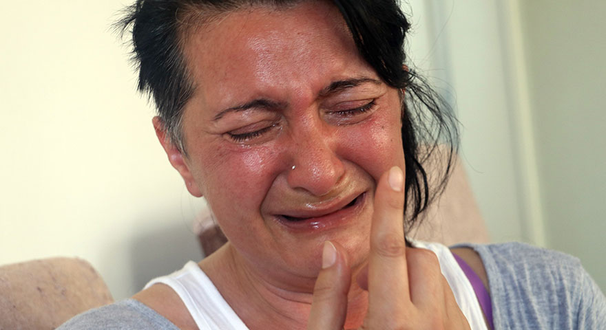 Dişlerini çektirmesine rağmen ağrıları dinmeyen kadın 'ötanazi' istedi