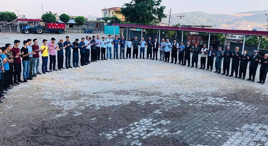 61 seçmenli mahalleden AK Parti'ye 64 oy çıktı
