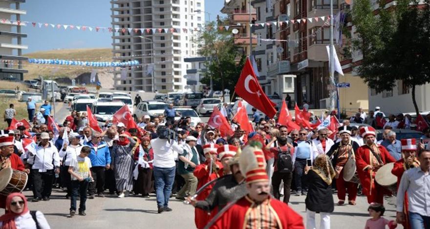 Ankara'da dedeler ve nenelerden 12. Bahar Yürüyüşü
