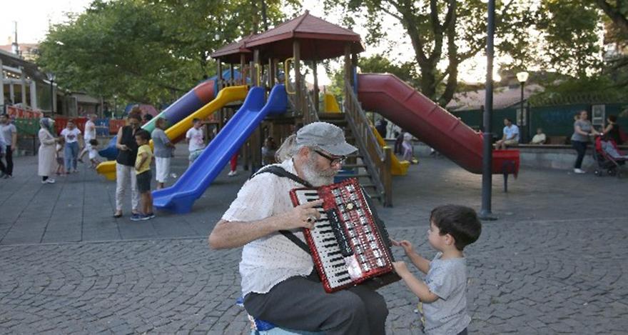 Ankara'da yazın keyfi Kuğulu'da çıkıyor