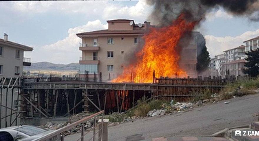 İnşaatta korkutan yangın