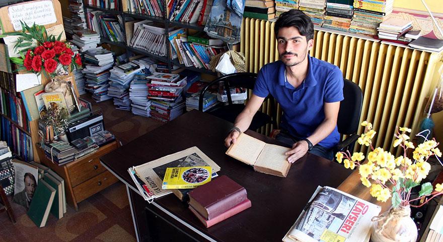 Çöpte bulduğu kitap Batuhan Yüksel'in hayatını değiştirdi