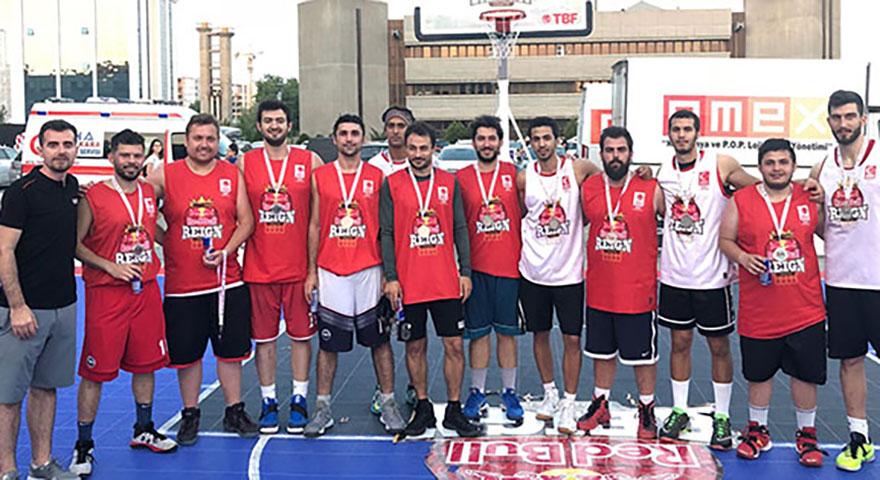 Ankara'nın şampiyonu Los Barzos
