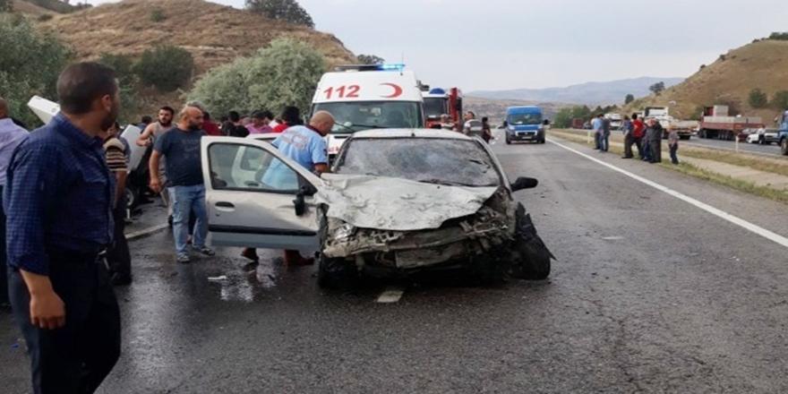 Ankara'da katliam gibi kaza, ölü ve yaralılar var
