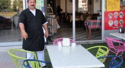 Camideki eylemci 2 buçuk saat yemekçide beklemiş