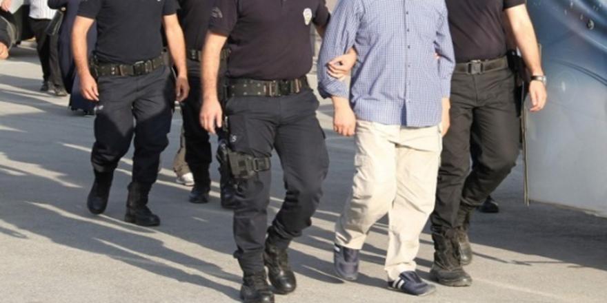 Ünlü isim FETÖ'den gözaltına alındı