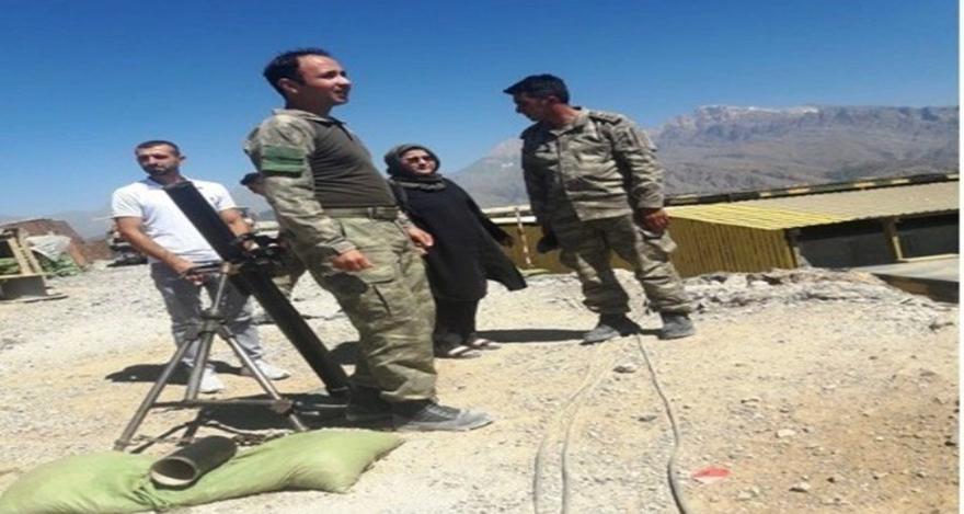 Aileleri şehitlerin görev yaptığı birlikleri ziyaret etti