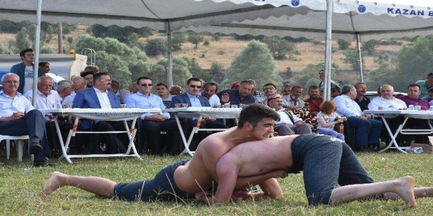 Kızılcahamam'da yapılan güreş festivali yoğun ilgi gördü