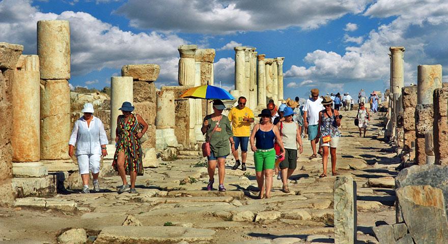 Turizm gelirleri rekora koşuyor: Turizmde 11,5 milyar dolarlık gelir
