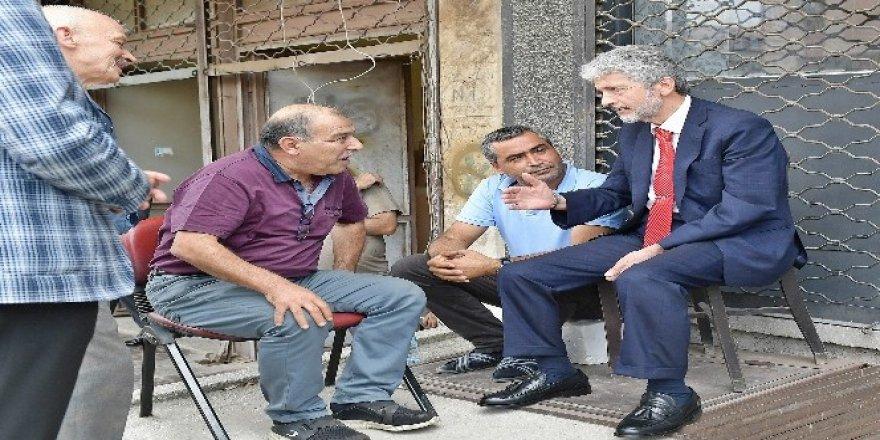 Mustafa Tuna esnafın sorunlarını dinledi
