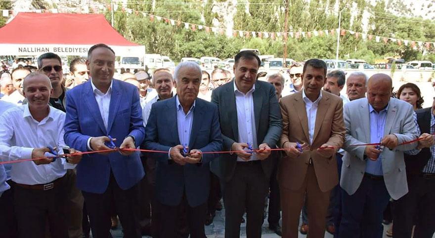 Nallıhan'da canlı hayvan pazarı açıldı