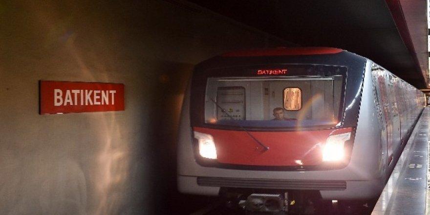 Ankara'da metrosunda hizmet içi eğitim