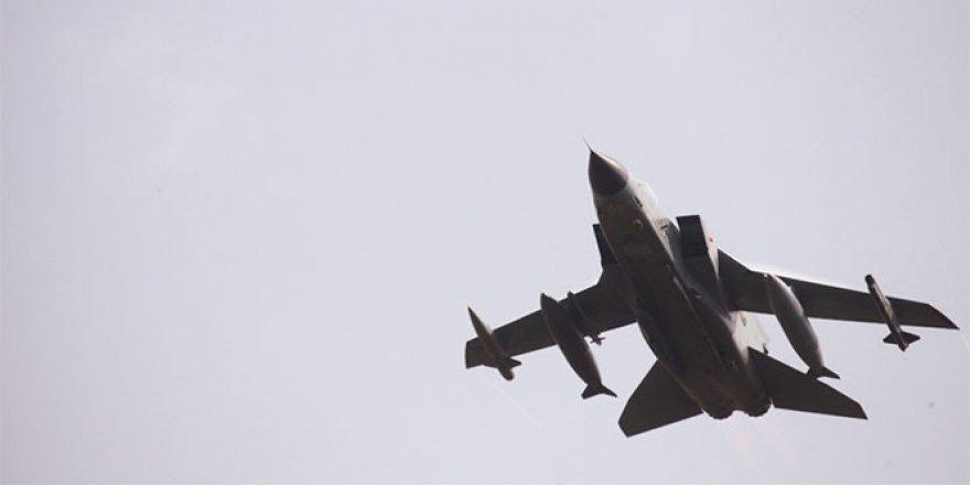 Esad rejiminden İdlib kırsalına saldırı: 1 ölü
