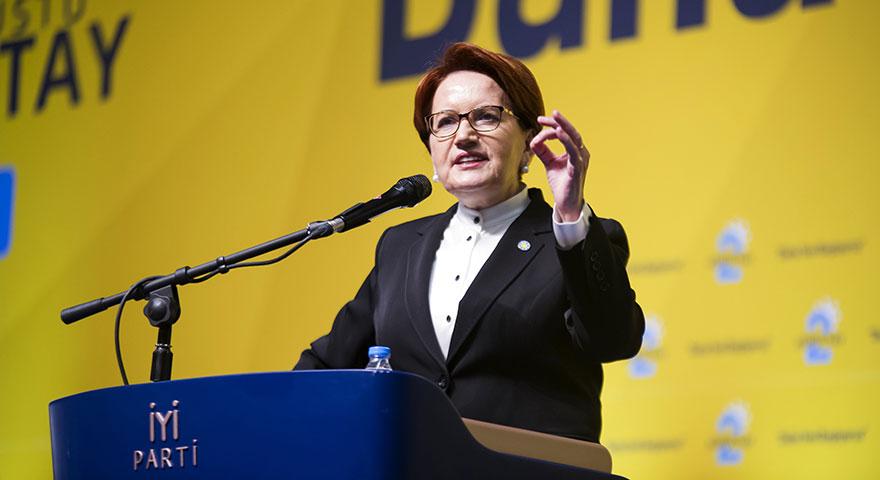 Akşener yeniden başkan seçildi