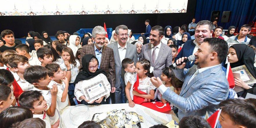Başkan Tuna'dan Kur'an-ı Kerim öğrenen çocuklara sertifika
