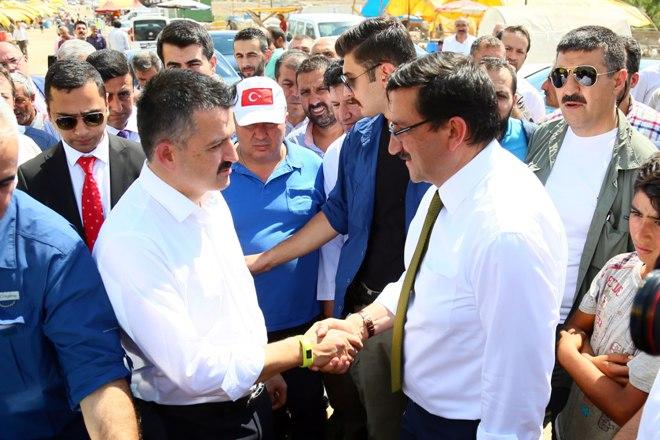 Bakan'dan Ovacık kurban alanına ziyaret