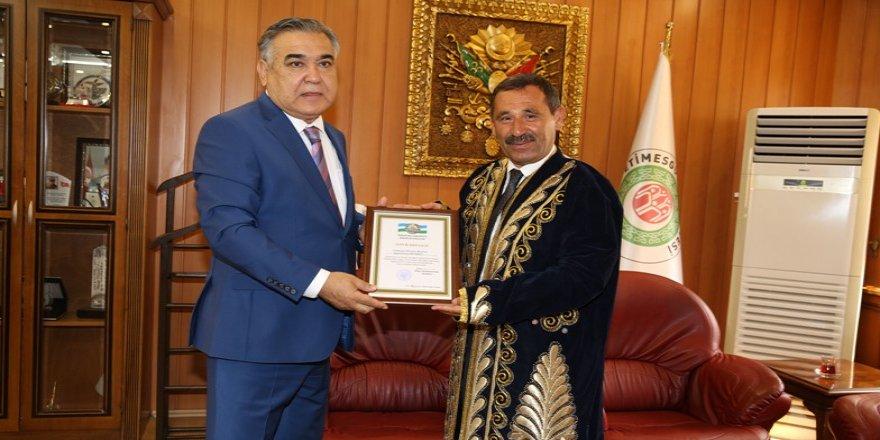Başkan Demirel'e onur belgesi