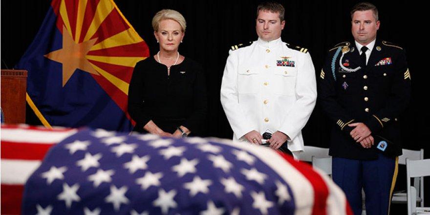 ABD'li Senatör McCain için cenaze töreni