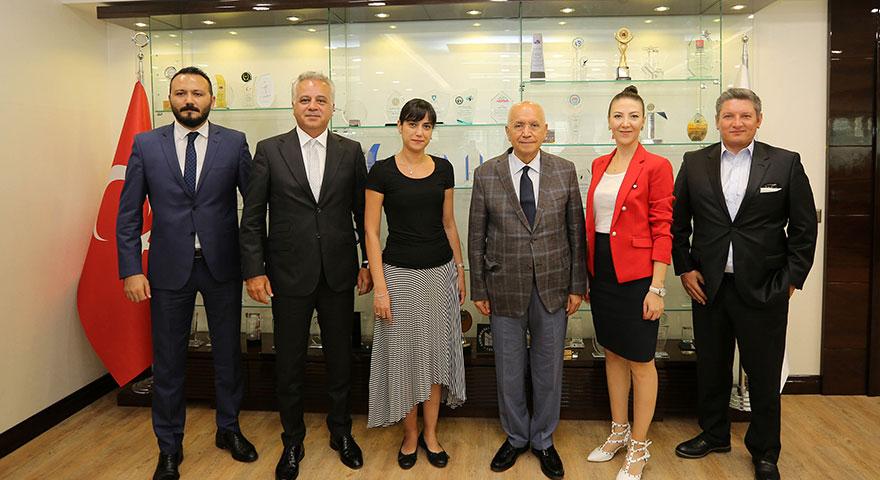 Başkan Yaşar'dan hukukçulara destek