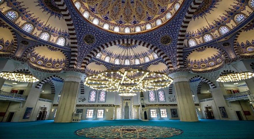 En büyük camiyi Başkan Erdoğan ibadete açacak