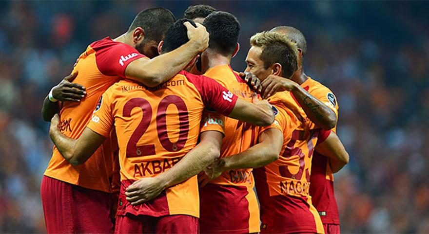 Galatasaray transferde dibi gördü