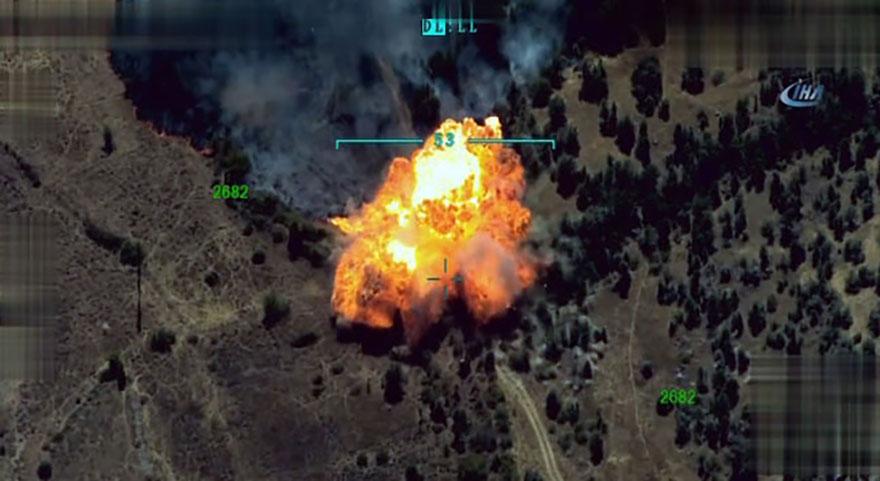 TSK, teröristleri böyle vurdu-Havaya uçuruldu