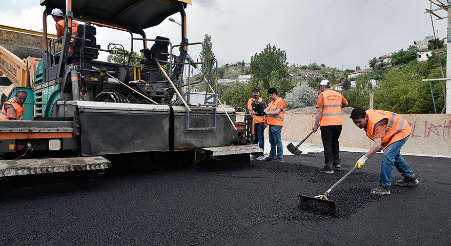 Mamak'ta asfalt çalışmaları tüm hızıyla sürüyor