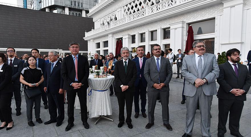 Tuna'dan Dünya İdari Kentler Birliği üyelerine resepsiyon