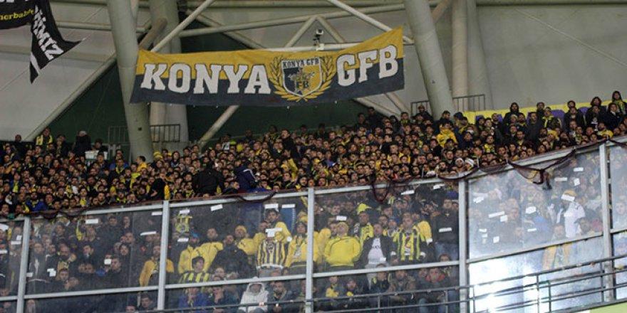 Fenerbahçeli taraftarlar biletleri tüketti