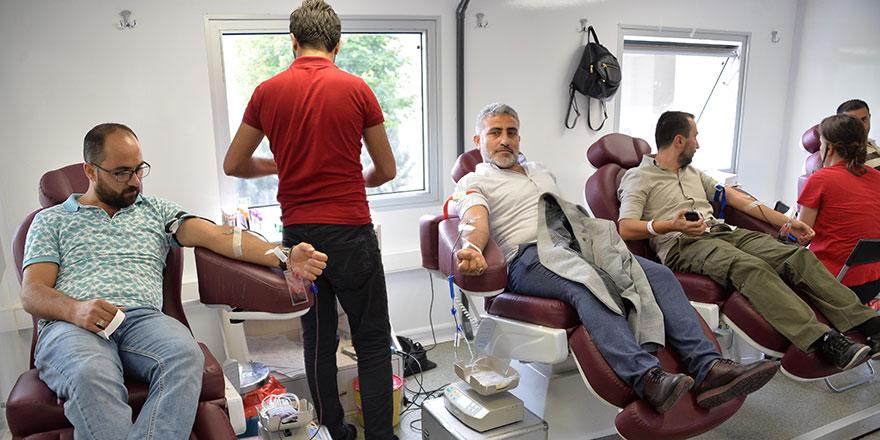 Kan bağışlayın hayata bağlayın