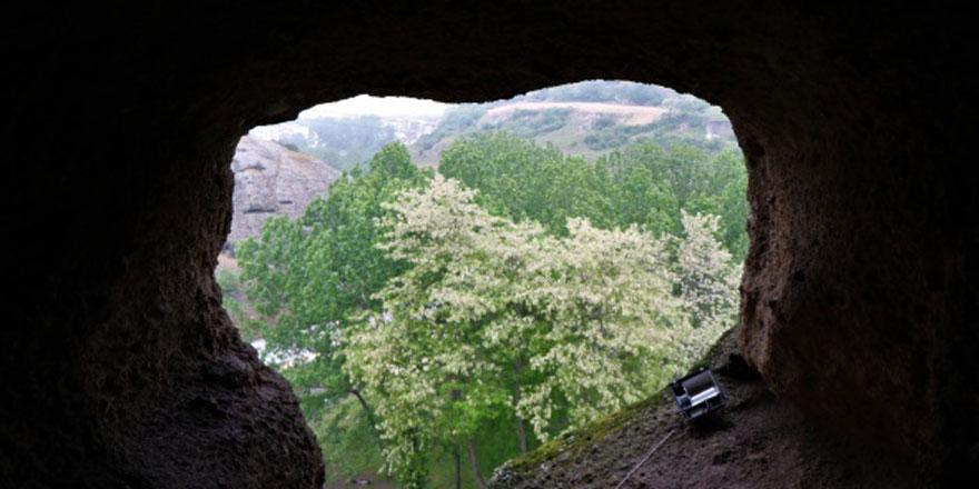 Bu mağara görenleri kendine hayran bırakıyor