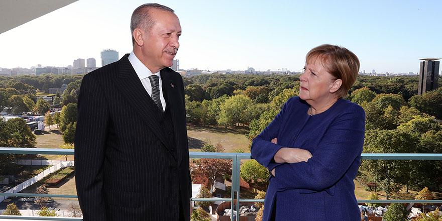 Cumhurbaşkanı Erdoğan ve Merkel özel kahvaltıda bir araya geldi