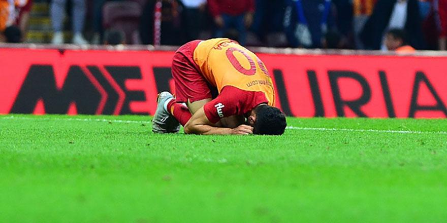Galatasaray'da şok sakatlık! Emre Akbaba ameliyata alınıyor!