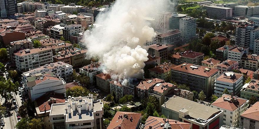 Ankara'da korkutan yangın! Yürekler ağıza geldi