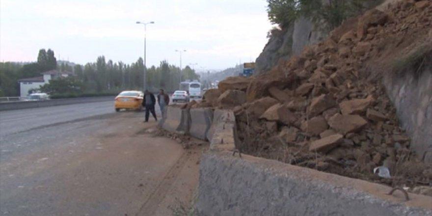 Ankara'da toprak kayması yaşandı