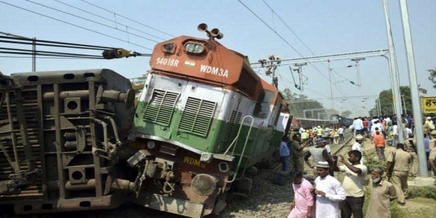 Feci tren kazasında 5 kişi öldü
