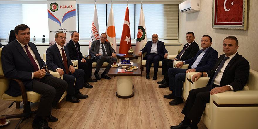 CHP'li heyetten HAK-İŞ'e ziyaret