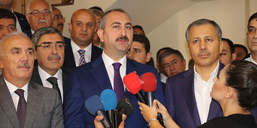 Adalet Bakanı Gül'den Danıştay kararına sert tepki