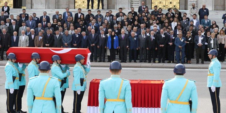 Eski milletvekili Oya Akgönenç için TBMM'de tören düzenlendi