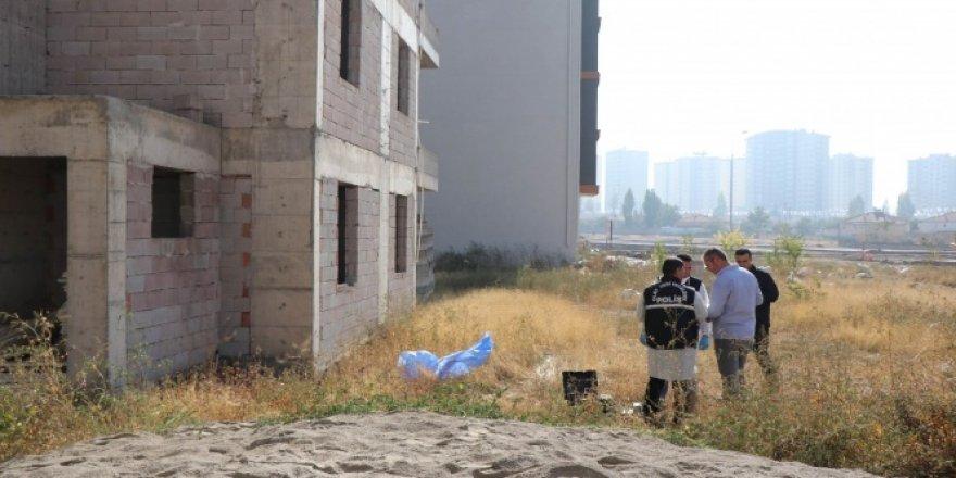 Kayseri'de inşaatta erkek cesedi bulundu