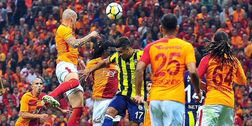 Galatasaray Fenerbahçe derbisinde düdük Fırat Aydınus'da