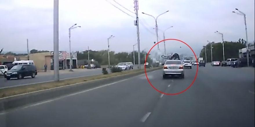 Korkunç kaza! Sol şeride geçen bisikletlinin fena sonu