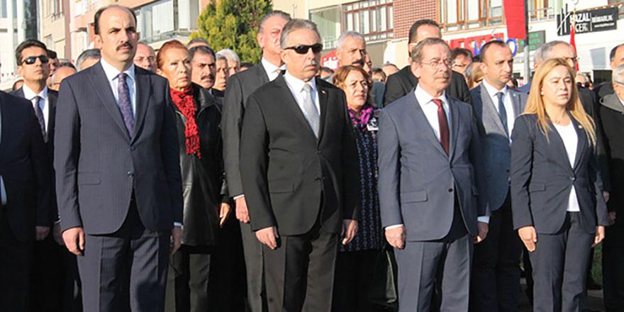 Konya'da 10 Kasım töreninde marş hatası Vali hepsini görevden aldı