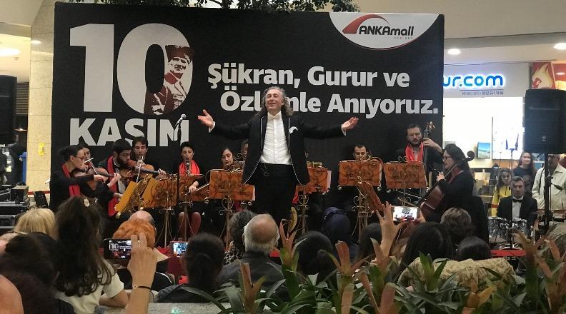 Atatürk sevdiği şarkılarla anıldı