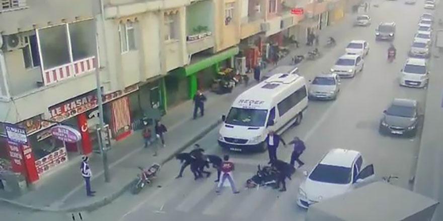 Ölümlü kazada şoföre meydan dayağı attılar