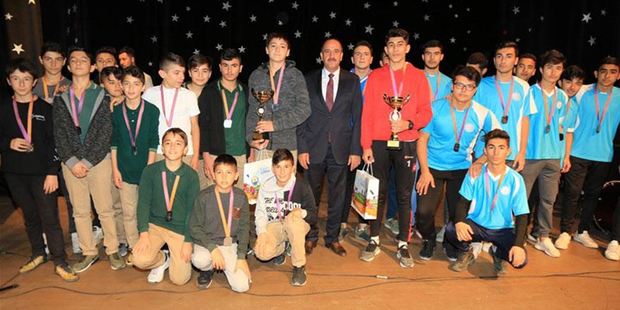 Gölbaşı Cumhuriyet Kupası Futbol Turnuvası sona erdi