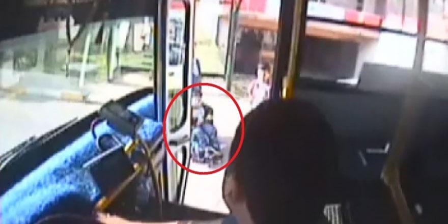 Halk otobüsü sürücüsünden alkışlık hareket!